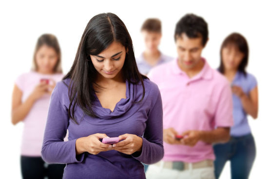 手机依赖危害大 6招教你克服手机依赖症